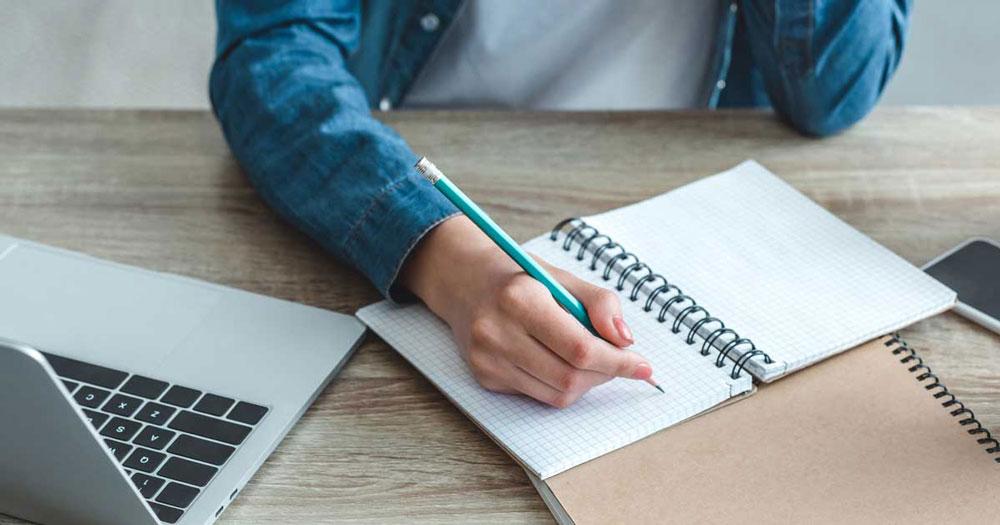 อาชีพเสริม 3: รับจ้างเขียนบทความ